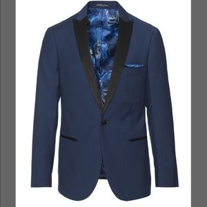 Other - Paisley & Gray Grosvenor Blue Solid Suit  Button